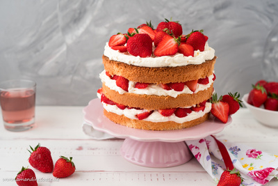 Erdbeertorte | Strawberry Naked Cake